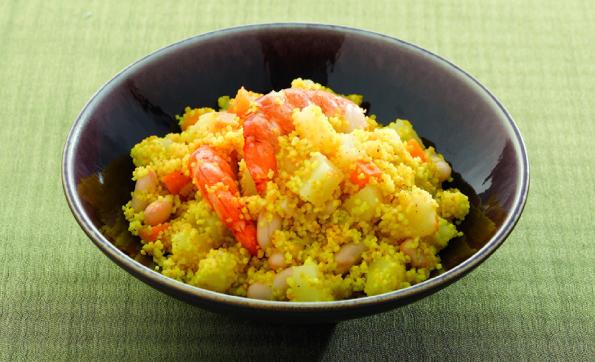 Kuszkusz zöldségekkel és rákkal